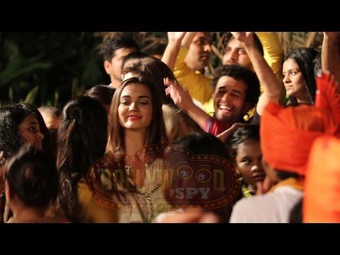 Salman Khan's Sister Arpita & Alvira DANCE...