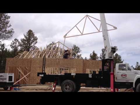 Crane Set Roof Trusses Doovi