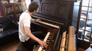 Maple Leaf Rag on two pianos in two different keys at the same time!