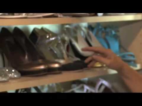 Shoe Addictz with Jennifer Elise Cox