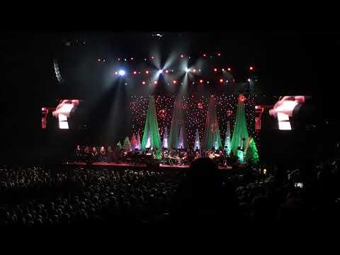 Amy Grant - Rockin' Around the Christmas Tree - Columbus, Ohio 12/15/17