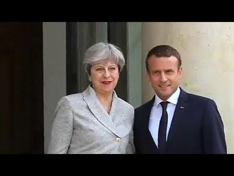 May e Macron assinam tratado para melhor gestão dos migrantes