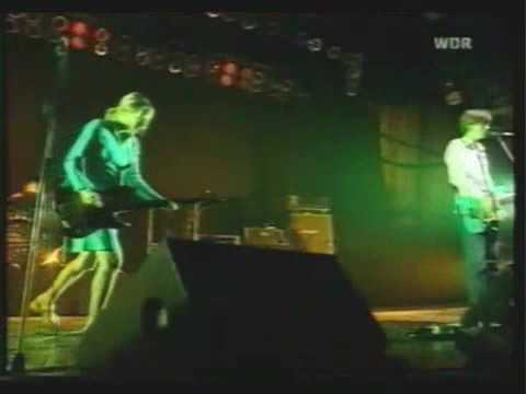 SONIC YOUTH - TEENAGE RIOT - (LIVE IN GERMANY 1996) mp3