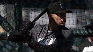 Miami Marlins prospect Victor Victor Mesa takes batting practice