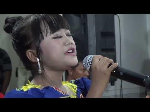 INA (ZAINATUL HAYAT)  - Si Kecil (Rita Sugiarto Cover)
