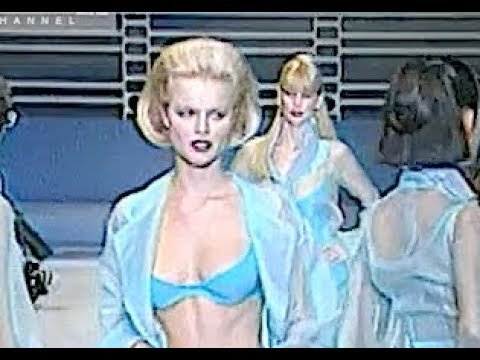 CHRISTIAN DIOR Spring Summer 1996 Paris - Fashion Channel
