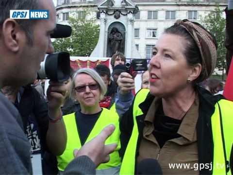 EDL & UAF Manchester - Square off in public