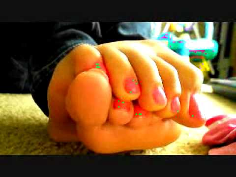 hot pink toes for you ^-^