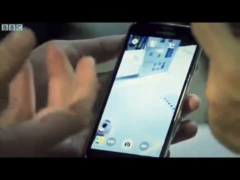 Samsung Galaxy S5 Hands On and First Look At Its New Features Like Heart rate sensor