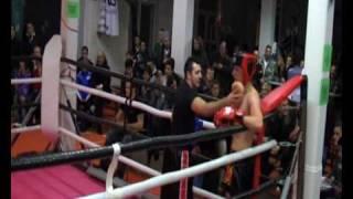 """Kampfgeist Thaiboxen-Tübingen""  (Stephan Waldner erster kampf -70kg rote ecke)"