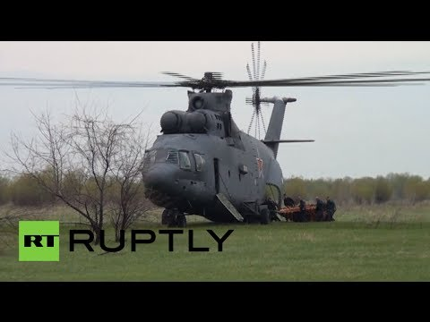 World's largest heavy lifter: Russian MI-26t scoops & drops in fire-fight drill