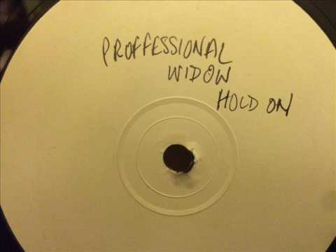 Tori Amos vs Lisa Stansfield - Professional Widow Hold On (Bootleg)