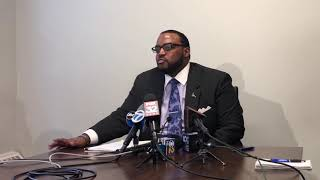 R. Kelly's attorney holds contentious press conference
