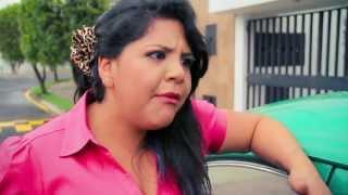 Mujer con Tremenda Chucha thumbnail
