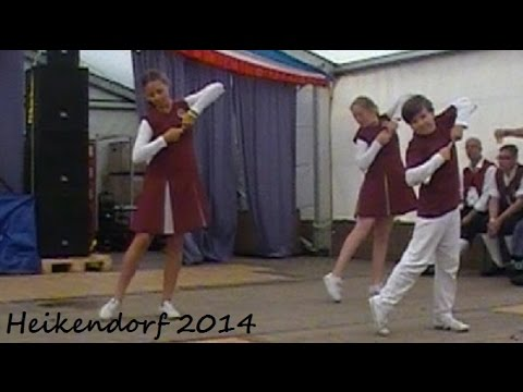 Crazy little thing - Mjölby Ungdomsmusikkår & Majorettes, Heikendorf 2014