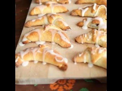 croissants-polonais-à-la-confiture-(rogaliki)