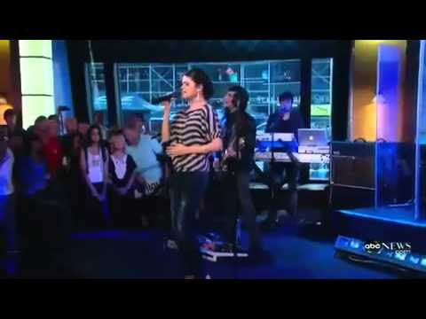 Selena Gomez - A Year Without Rain Live Performance (Good Morning America, 09-23-10)