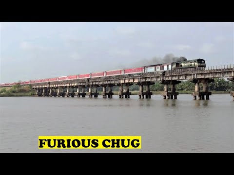 WDP3A Longest Rajdhani Chugs Aghanashini River