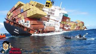 Detik-Detik Mendebarkan Kapal Peti Kemas Raksasa Terkubur di Lautan
