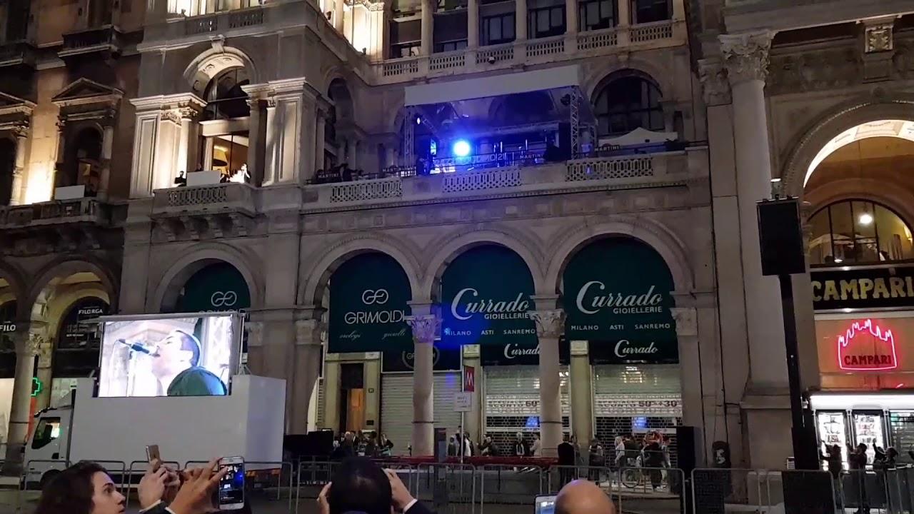 Liam Gallagher  Wonderwall Live in Terrazza Duomo 21  Milano  140917  YouTube