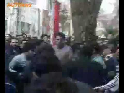 Iran Tehran 7 Dec 09 (16 Azar) Amir Kabir Students Protest P143 بسیجی برو گمشو