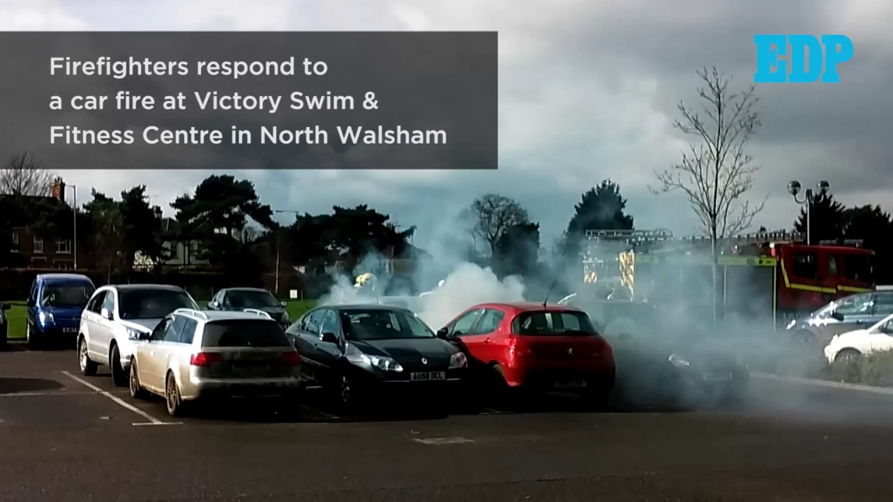 Car Catches Fire At Victory Pool North Walsham Youtube