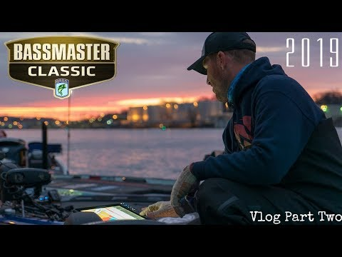 Bassmaster Classic VLOG #2 Moving to Hotel Knoxville