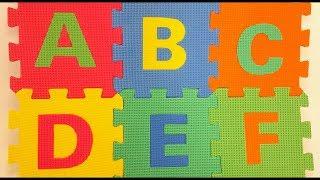 Aprender o Alfabeto em Português | Como Ensinar Letras do Alfabeto para Crianças | Brink & Aprenda