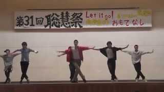 Michael Jackson のbilli jeanとbeat itを文化祭で踊りました。 多少の...