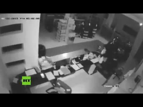 RT en Español: MOMENTO EXACTO: Así tembló la tierra durante los fuertes sismos en Ecuador