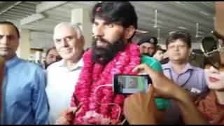 سابق ٹیسٹ کپتان گریٹ مصباح الحق ویسٹ انڈیز سے واپس پاکستان پہنچ گئے