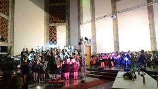Anjos vêm do céu cantar - Coral Rev. Onésimo A. Pereira e UNNA Vocal - Cantata de Natal 2014