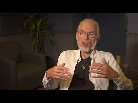 YES - Topographic Drama - Steve Howe Q&A 1/9 & Ritual (live Excerpt)