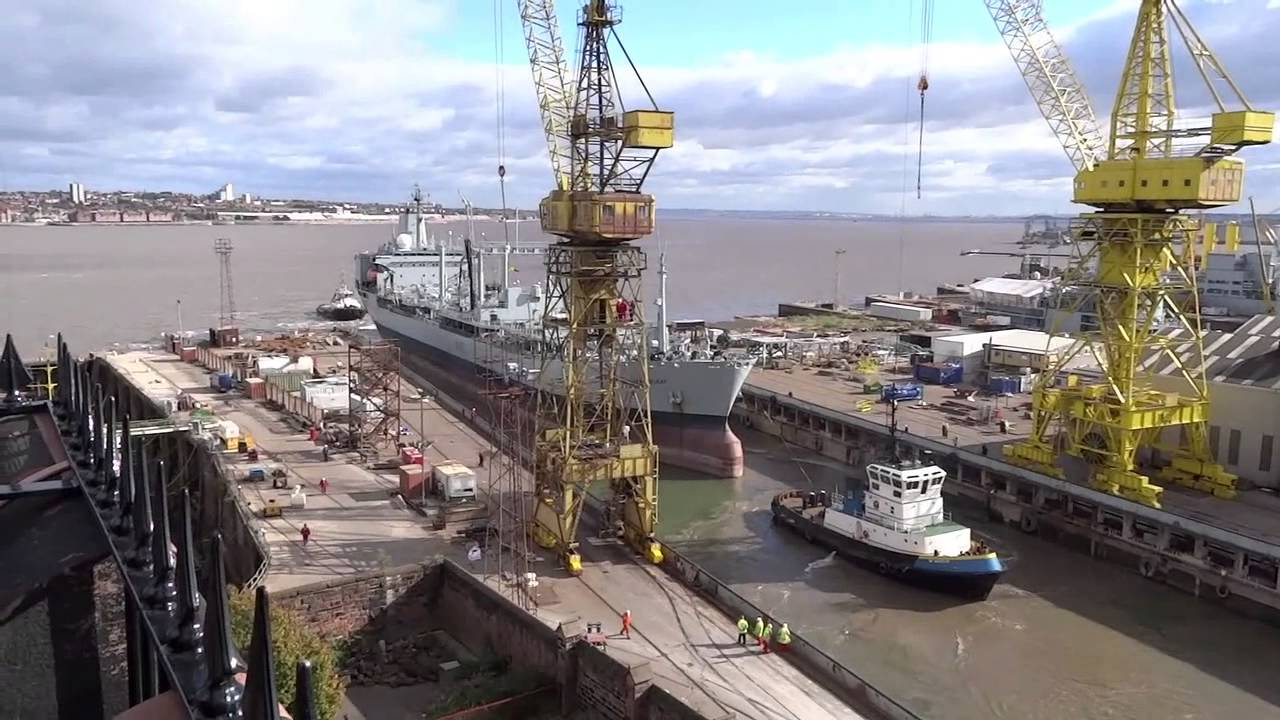 Cammell Laird - Orangeleaf leaves shipyard dry dock - YouTube
