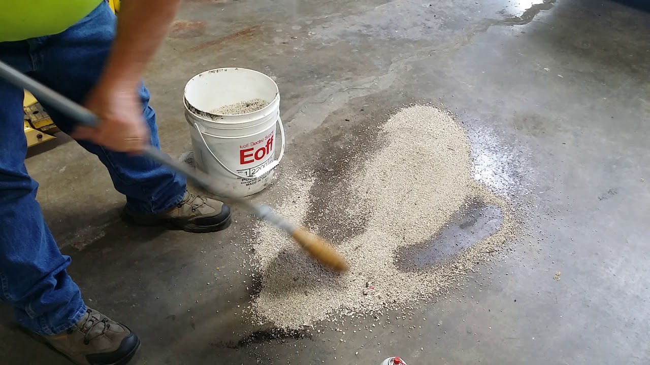 Clean Up Oil Spills In A Garage