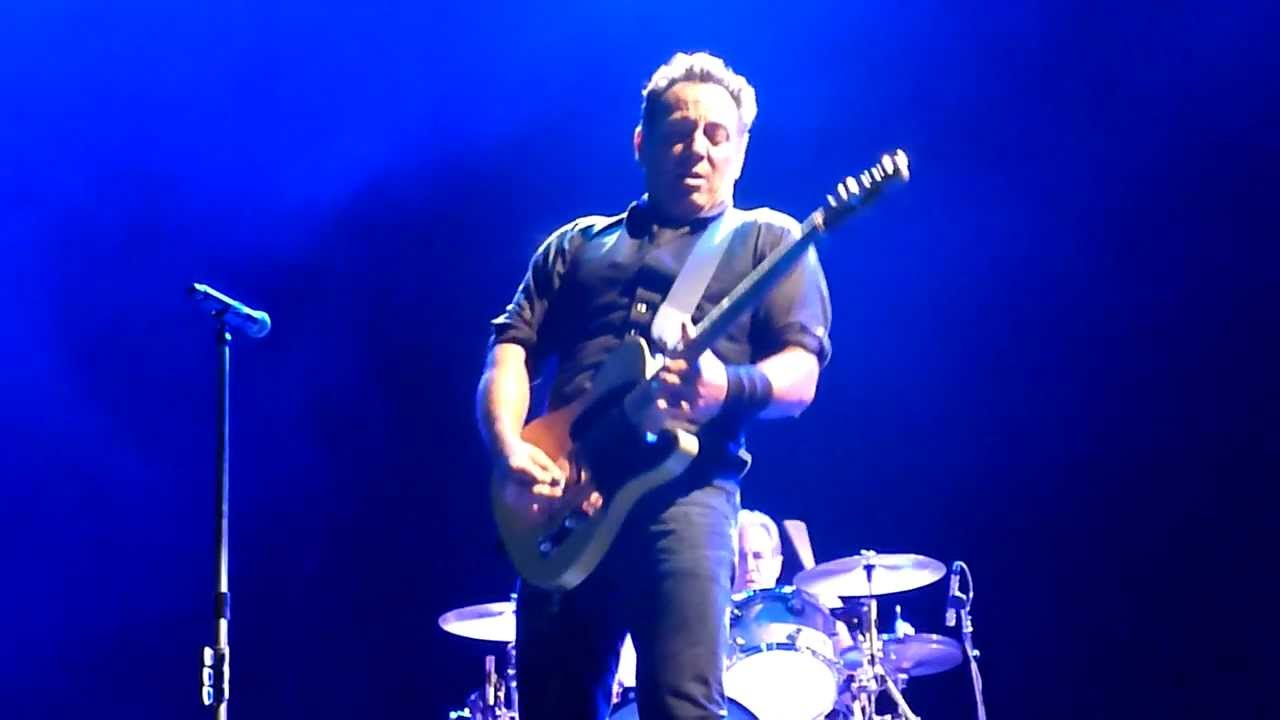 Incident on 57th Street - Bruce Springsteen - Hanging Rock 2 - 31-03-2013