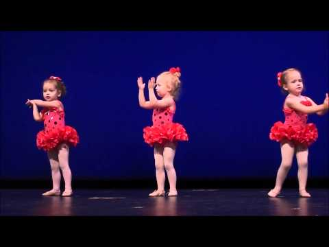 "Claire's First Ballet Recital, ""He's Got the Whole World in His Hands"".wmv"