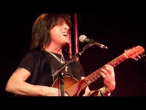 Joe Lynn Turner : Street Of Dreams (Acoustic) @ Live Rooms, Chester 07/04/2015