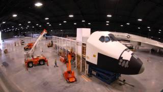 Space Shuttle Exhibit-Time Lapse of Re-Assembly in the 4th Building 2-16 Nov 2015