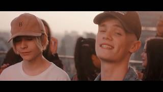 Gambar cover Bars and Melody - Thousand Years