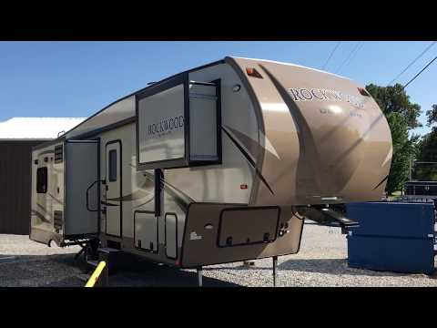 2018 2650WS Rockwood Ultra-Lite 5th by Forest River