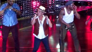 Bruno Mars - Bruno Mars Live in Manila 2014 - Natalie