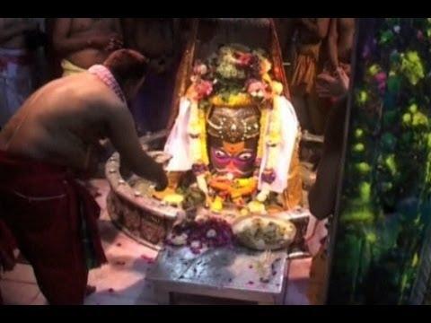 Umat Hindu Rayakan Holi di India