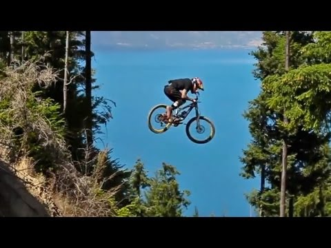 MTB | Andreu Lacondeguy is The Man - Downhill, FMX, Dirt in Oceania