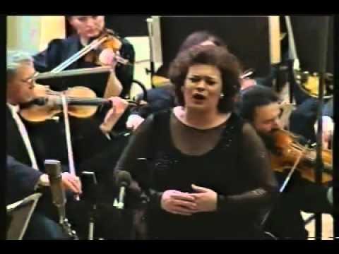 Violeta Urmana - Liebestod - Tristan und Isolde
