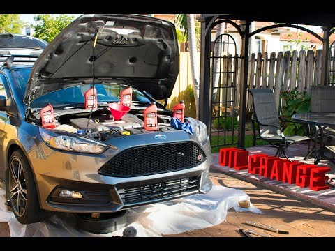 MAINTENANCE TIME ! | DIY OIL CHANGE ON 2015 FORD FOCUS ST