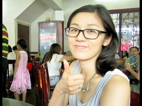 Shanghai Vlog: The Original XiaoLongBao (Soup Dumpling) in NanXiang!