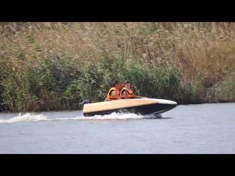 Самодельная лодка плоскодонка. 2 человека. Лодочный гибрид + нога ветерок + гидрокрыло 24 км/ч