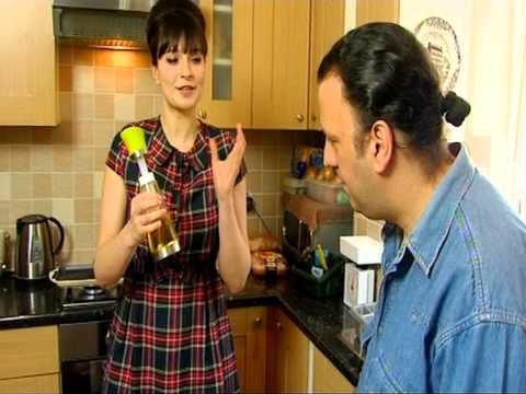Gizzi Erskine Cook Yourself Thin Part 1