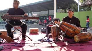 Instrumen Talaga Reumis Mp3